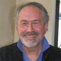 Jacques-Alain Lachant, ostéopathe, auteur de la Marche qui soigne et de Bien marcher, ça s'apprend